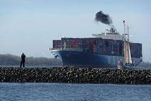Containerschiff - Foto: Andrea Henning-Andresen
