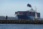 Abgase von Containerschiffen bergen enorme Gesundheitsrisiken