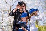 Vogelbeobachtung in der Familie