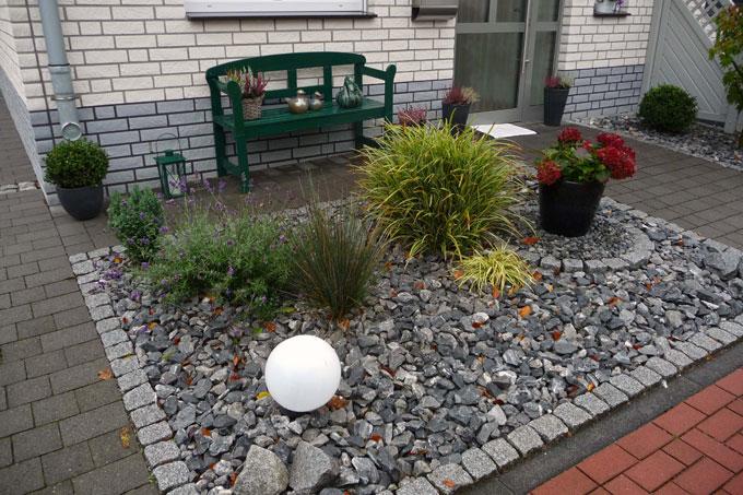Top Gärten des Grauens: Nur Beton, Schotter und Steine - NABU &ZS_58