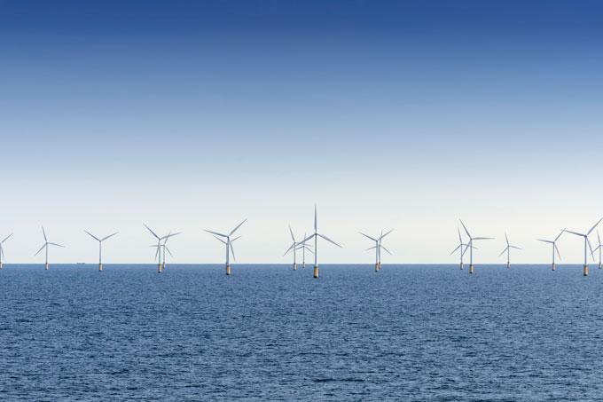 Offshore-Windpark - Foto: imagebroker/Markus Keller