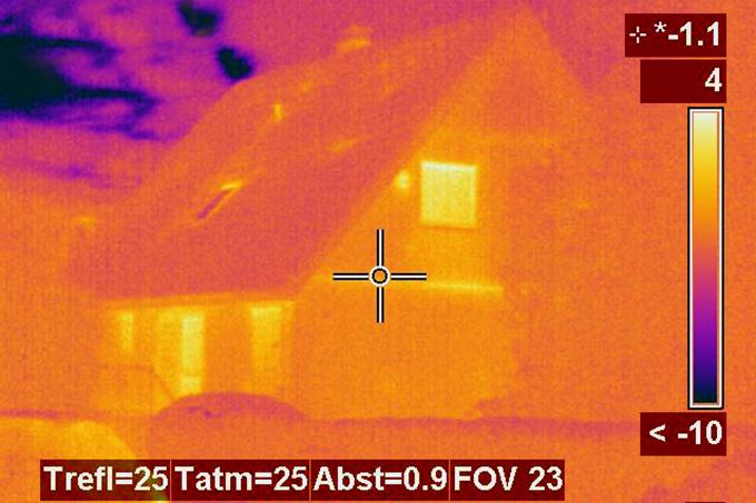 Infrarotaufnahme eines Einfamilienhauses - Foto: Daniel Hundmaier