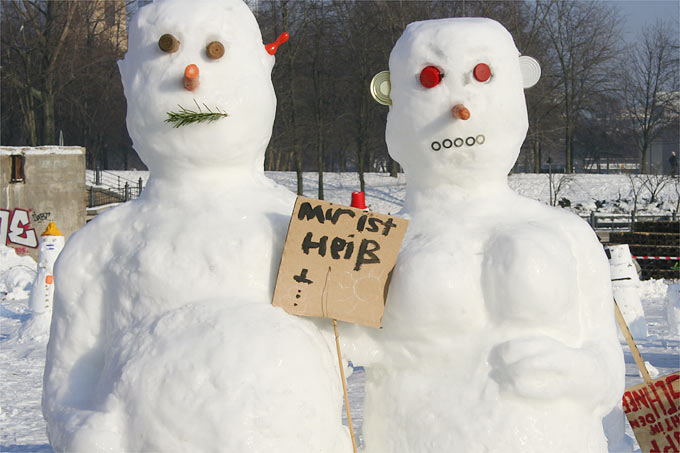 Schneemänner - Foto: Helge May